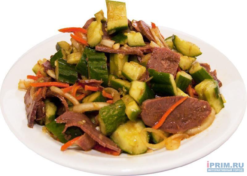 Салат с огурцами и мясом рецепт с